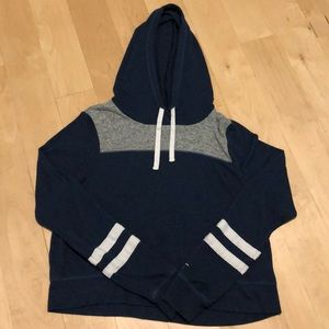 Thin Hollister Hoodie